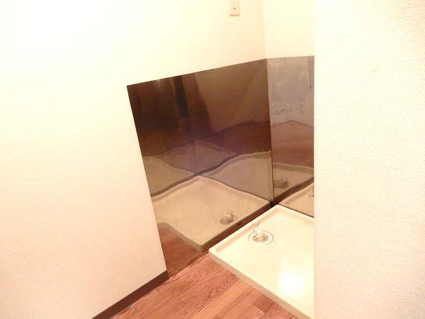 フジマンション行徳の室内洗濯機置き場